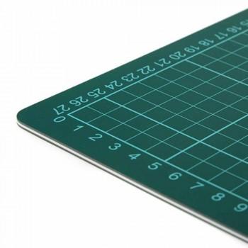 Cutting Mat — A3 Size, 457 x 305mm (Item No: B12-13) A1R1B128